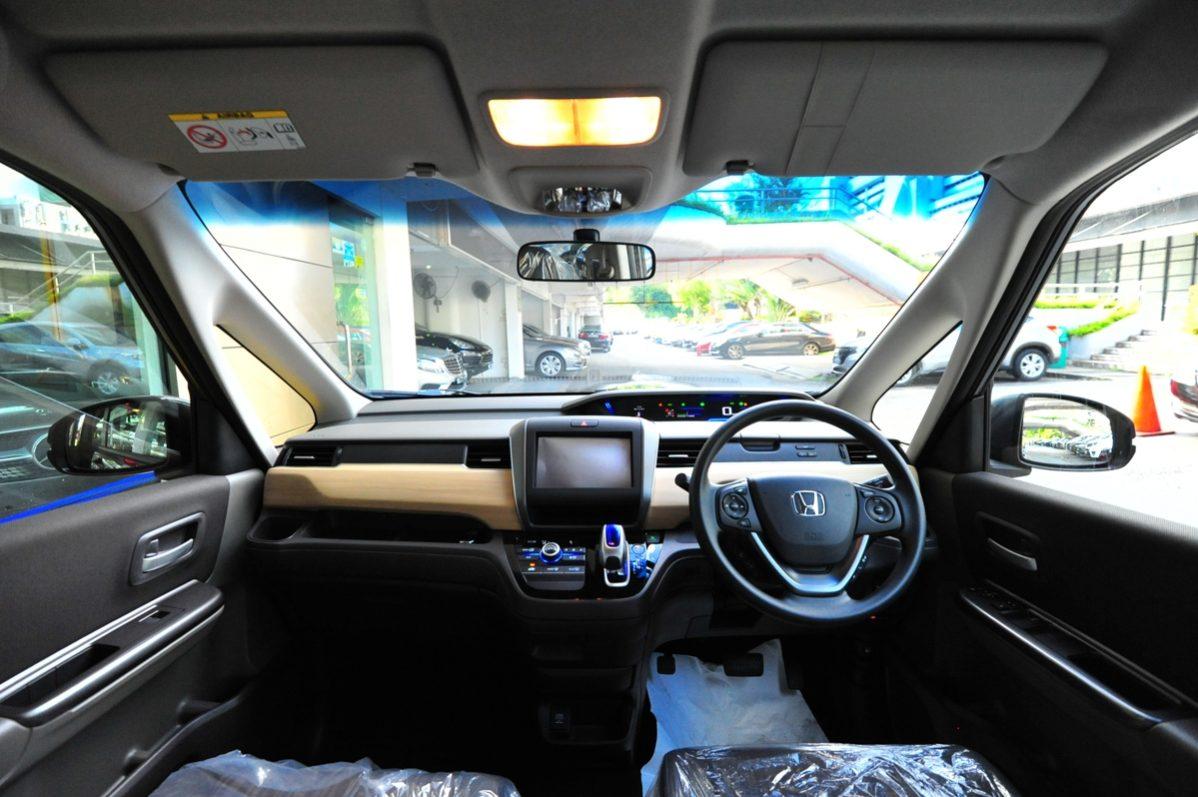 Honda Freed 1 5g Hybrid 7 Seater Lecoprestige